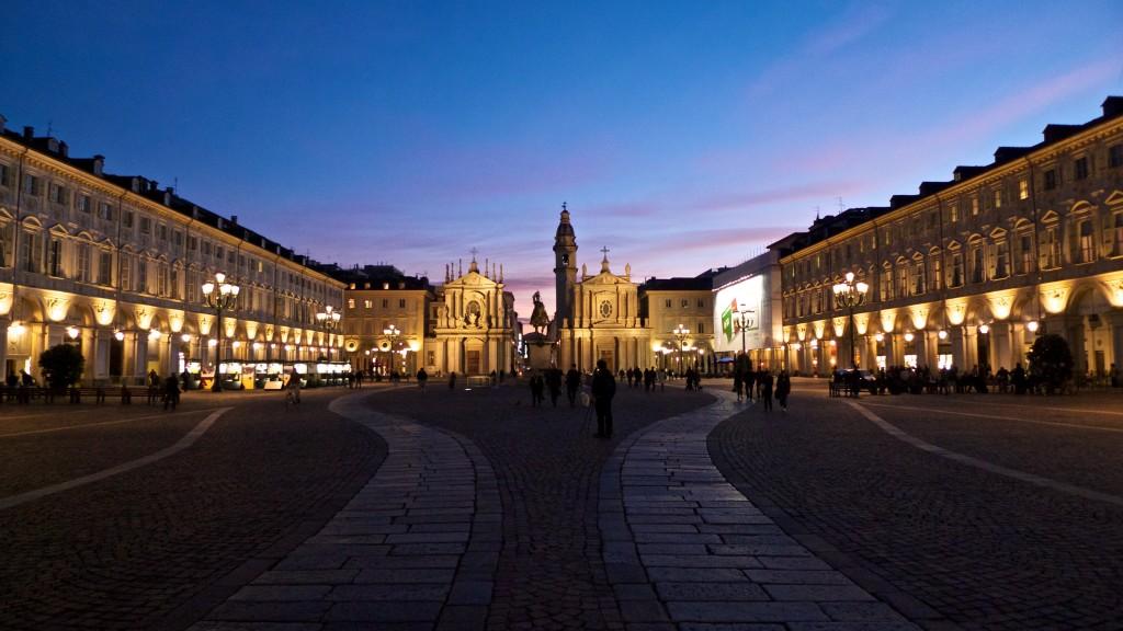 talentieventi-il-salotto-piazza-san-carlo-torino-alessio-maffeis