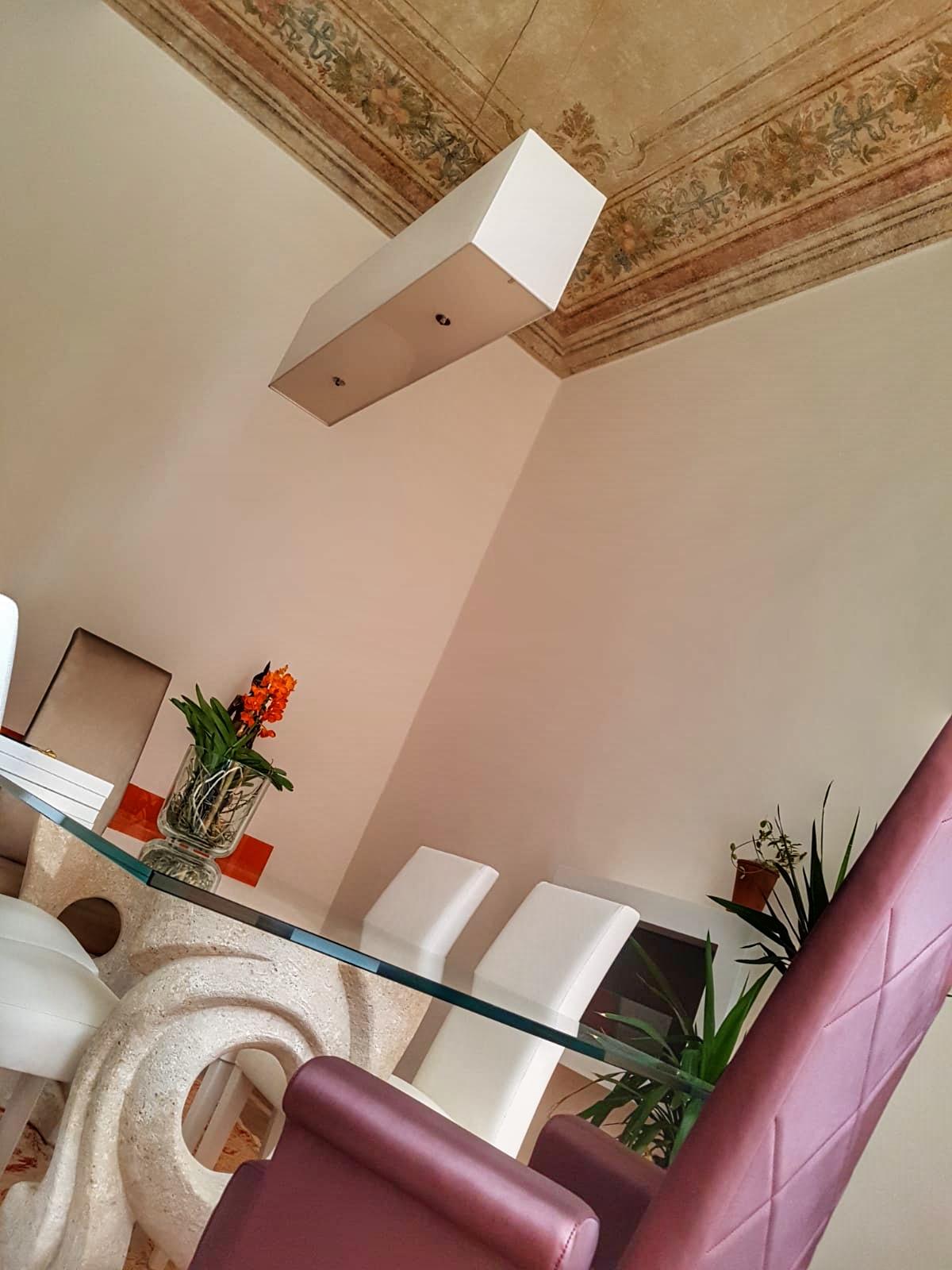 progettazione_luci_sara_rombola_pink_house_torino_talenti_eventi
