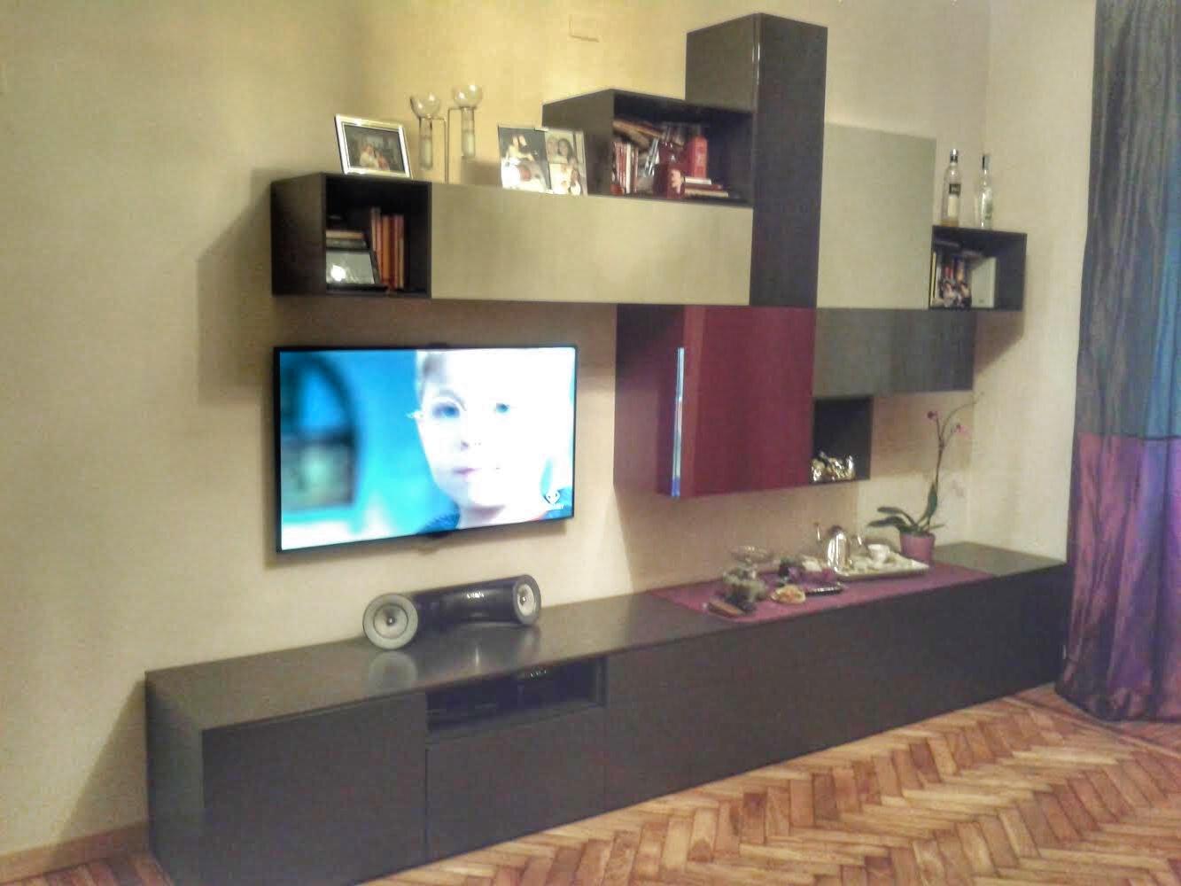 progettazione_zona_giorno_tendaggi_mobile_tv_sara_rombola_pink_house_torino_talenti_eventi_4